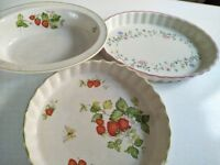 3 ASSORTED PUDDING AND BAKING PLATES