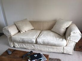Quality large sofa, approx 7ft9 long 4ft2 deep, washable covers, quality design in great condition