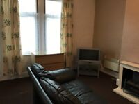 Single, furnished, self contained studio in Crossflatts Ave, Beeston, (above the park)
