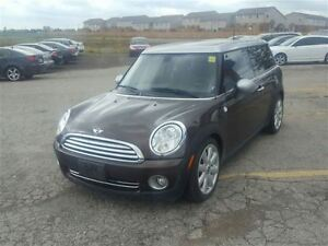 2010 MINI Cooper Clubman DUAL ROOF LOW KMS