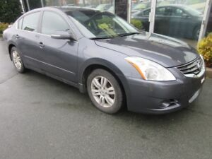 2010 Nissan Altima 2.5SL WITH LEATHER & ALLOYS