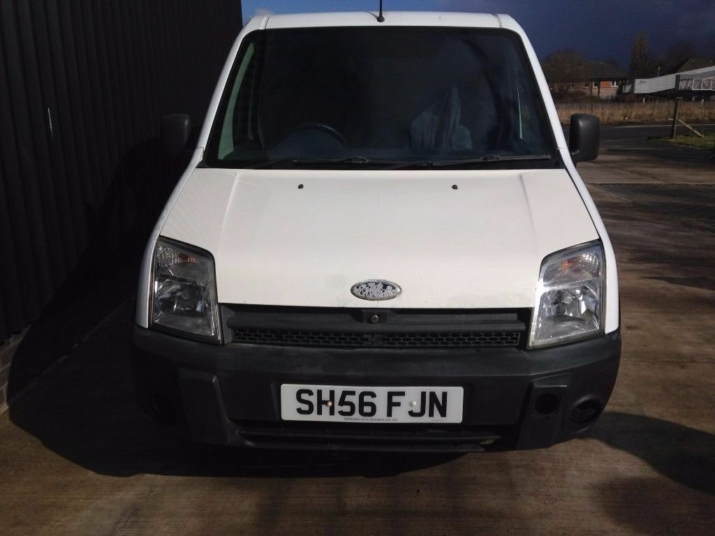 2006 56 ford transit connect 1 8 tddi t200 swb low roof 4dr long mot 2 keys no vat may px