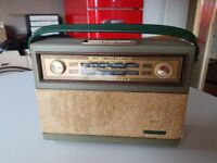 VINTAGE 1960S PHILLIPS ALL TRANSISTOR MW/LW PORTABLE BATTERY RADIO GWO FAB PERIOD DECOR DISPLAY USE