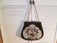 Large Vintage Tapestry Carpet Handbag with thick gold chain