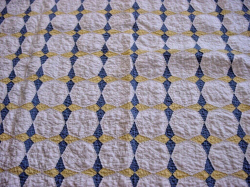 ANTIQUE HUMMINGBIRD QUILT HAND PIECED  HAND QUILTED CLEAN