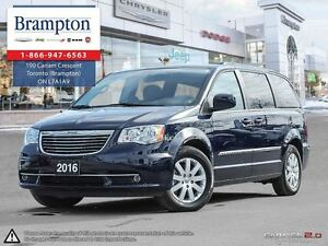 2016 Chrysler Town & Country Touring Company Demo Only 9000 Kms