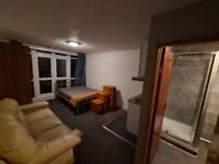 STUDIO FLAT TO LET AT LEMSFORD CLOSE, GROVELAND RD LONDON N15 6BY