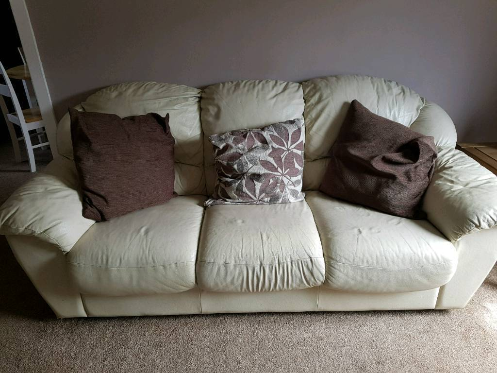 Cream Leather Sofas And Cushions In South Shields Tyne And Wear