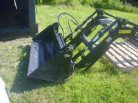 Tractor Loader new to fit medium size compact tractor.