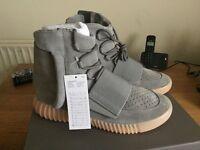 "adidas Yeezy 750 Boost Light Grey ""Glow in the Dark"" 350 Pirate Black Kanye West"