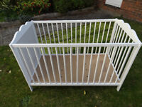 White baby cot / crib bed -Like new