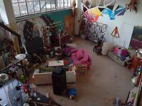 Huge rooms! Huge space! Garden! Manor House Warehouses