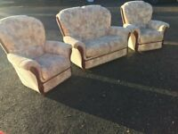 Italin Fabric Sofas Excellent Condition Fast Free Delivery In Norwich,