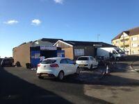 Very busy car wash