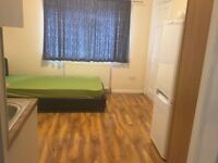 FANTASTIC STUDIO FLAT INCLUDING BILLS