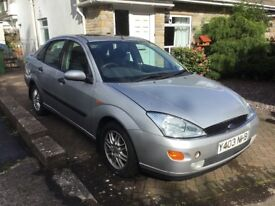 2001 Ford Focus Ghia 1.8 silver petrol saloon breaking for parts