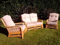 3 piece wicker conservatory furniture set in excellent condition
