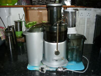 Juicer. Antony Worrall Thompson by Breville juicer