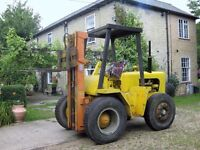 Marshall fork lift truck Dutch Engineering , Harvey 3 stage Mast , four tonne lift to ten metres !