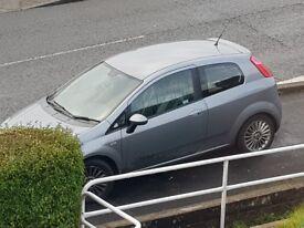09 plate Fiat grande punto
