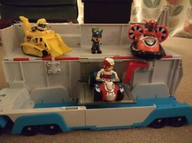Paw patrol Patroller with figures and vehicles
