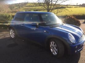 MINI ONE HATCHBACK VERY CLEAN AND WELL KEPT CAR. LOW INSURANCE GROUP MOT 6 MNTHS