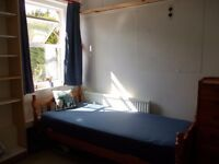 Lovely bright self contained room w OWN MINI KITCHEN 5 mins walk MIDDX Uni ALL BILLS INCLUDED