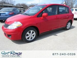 2008 Nissan Versa 1.8SL - LOW KMS/HATCHBACK