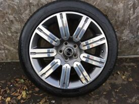 ALLOYS X 4 OF 20 INCH GENUINE RANGEROVER OR DISCOVERY IN VERY GOOD CONDITION WITH BRAND NEW TYRES