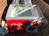 Walls chest Freezer