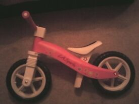 LA sports balance bike in pink and white -like new (never been used outside)