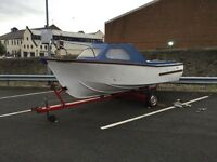 17ft Fibreglass Fishing Boat