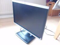 HP LA2205wg widescreen monitor