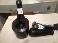 Philips aquawash electric razor