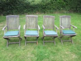 4 x Folding Wooden Garden Chairs With Cushions