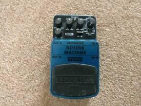 Behringer RV600 - Reverb Machine (Guitar Pedal)