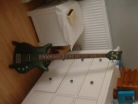 Tanglewood Warrior 2 bass guitar