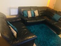Dfs leather sofa set still in a very good condition