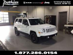 2016 Jeep Patriot Sport 4x4 | LEATHER | SUNROOF | HEATED SEATS |