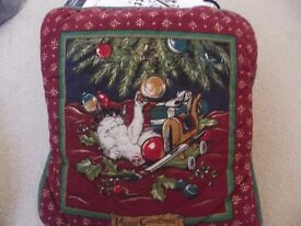 CHRISTMAS CUSHIONS - PACK OF TWO