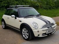 WHITE MINI ONE HATCH 1.6 2005 PART LEATHER SEATS AND ELEC PAN ROOF AND ROOF RACK