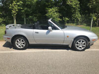 Mazda MX5 MK1 Eunos Roadster 1994 Silver excellent example much admired
