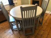 Free Extendable Dining Table and 4 Chairs
