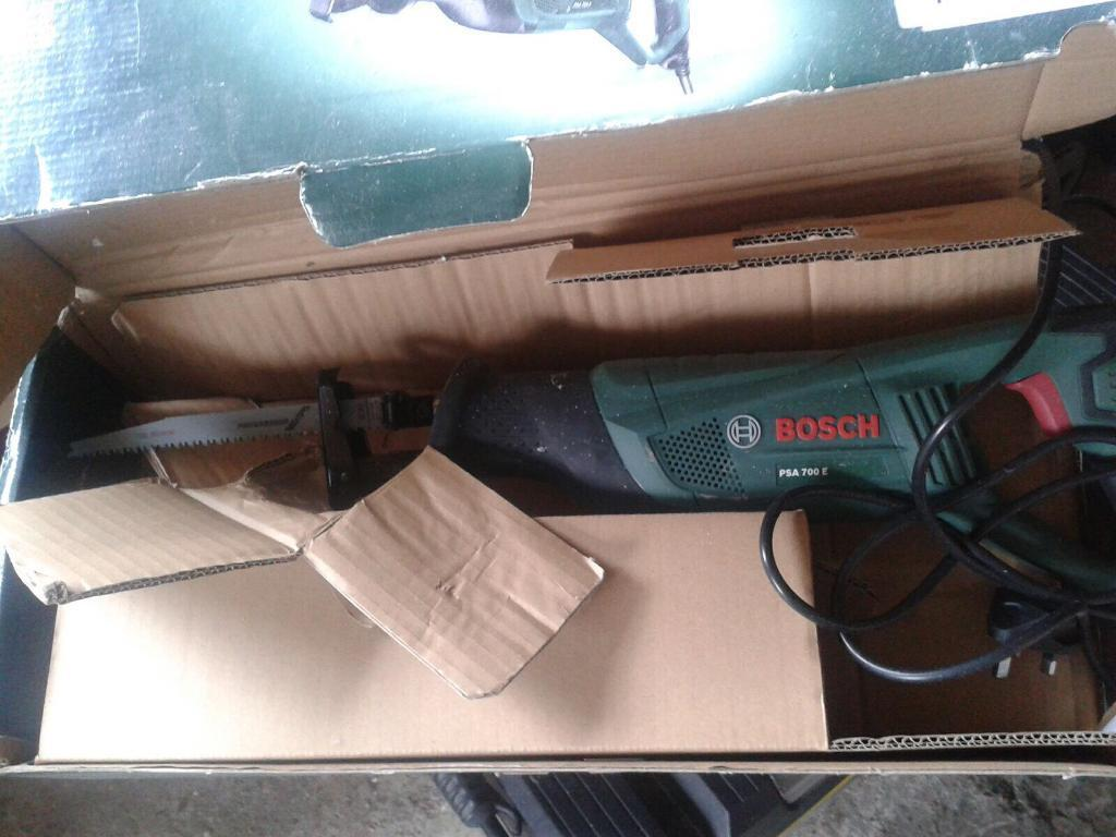 Tools lecy saw an sander an drills