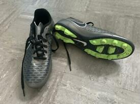 Nike size 5.5 football boots