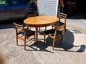 Retro dinning table and 4 chairs