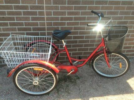 ADULT TRICYCLE 24in , CURRENT 2015 MODEL ADULT 3 WHEELED BICYCLE Melton South Melton Area Preview