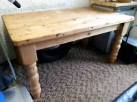 Solid Pine 5ft x 3ft Dining/ kitchen table