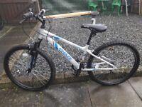 boys apollo phaze mountain bike as new condition