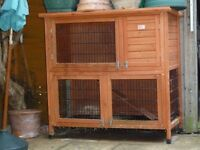 BUNNY BUSINESS Deluxe Double Decker Rabbit/ Guinea Hutch Run plus accessories
